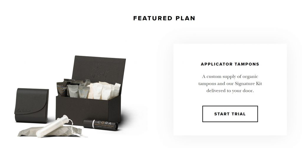 サブスクリプションCORAは黒・白を基調としたシックなデザイン