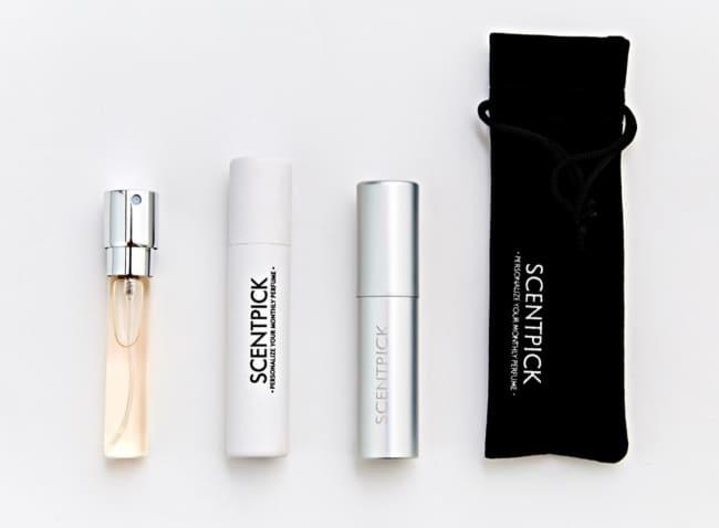 セントピックでは毎月定額で香水のミニボトルが届く